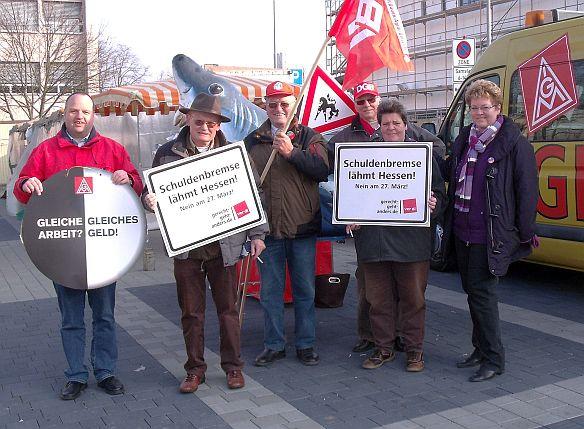 Infostand des DGB Ortsverbands Weiterstadt am 05.03.2011